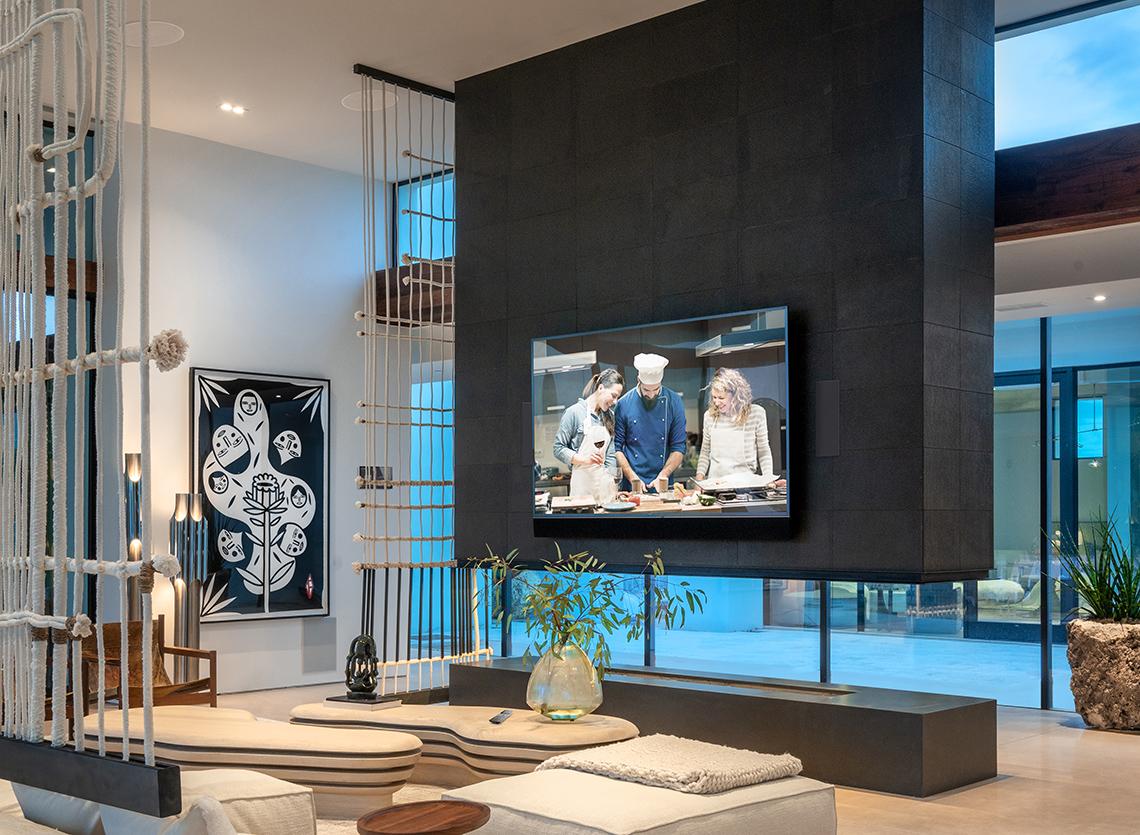 [Image: living-room-ceiling_v2.jpg]